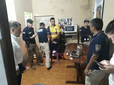 Allanan local de microtráfico en Pedro Juan y cae un brasileño