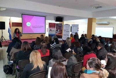 """Realizan taller de """"Protección integral a las mujeres"""""""