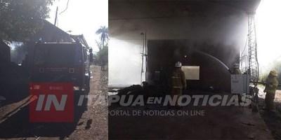 AHORA: INCENDIO DE SECADERO DE YERBA EN EDELIRA
