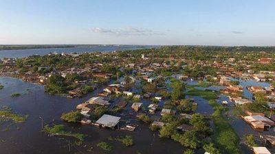Descenso del río Paraguay alienta futuro retorno de familias a sus hogares
