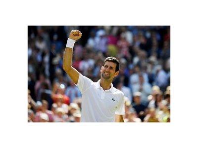 Djokovic se queda a un set de otra final en Wimbledon