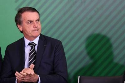 Bolsonaro sustituye a su cuarto ministro en seis meses