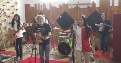 """""""The Fenders"""" y Rolo le meten polca-rock"""