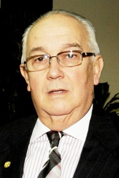 Fiscales acusan a exministro Óscar Bajac por coima para negociar fallo