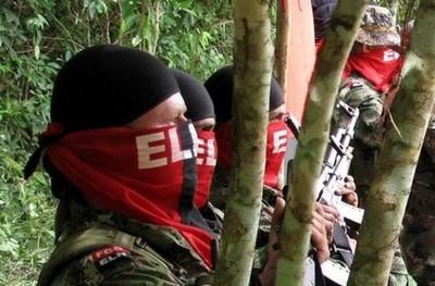 El ELN pide una tregua, el gobierno solicita la extradición