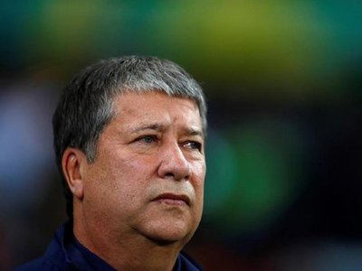 'Bolillo' Gómez se queda sin palabras y sin crédito