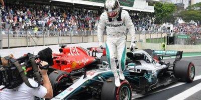 Hamilton (Mercedes) logra la pole en GP de Francia
