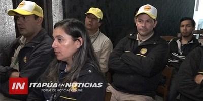 CAPACITAN A FUNCIONARIOS DE SENEPA EN MALARIA Y LEISHMANIASIS.