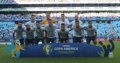 Argentina encuentra su juego ante Qatar y camina seguro a los cuartos de final