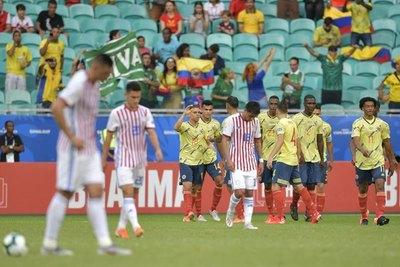 Colombia le hizo pisar tierra a Paraguay