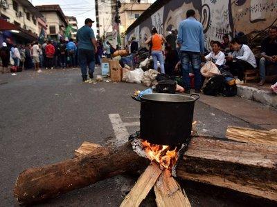 Campesinos critican silencio del Gobierno ante promesas incumplidas