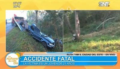 Conductor pierde el control y provoca muerte de su acompañante
