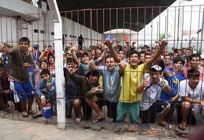 Conforman equipo interinstitucional para abordar crisis penitenciaria