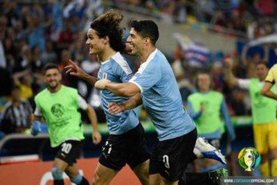Un golazo de Cavani le da la victoria a Uruguay ante Chile