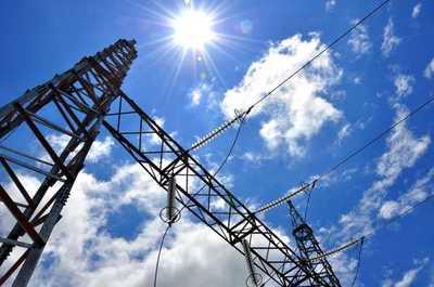 ANDE analiza vender energía eléctrica excedente a empresas