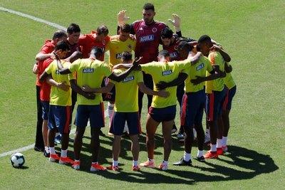 Colombia recupera su 'guardián' para medir a Chile