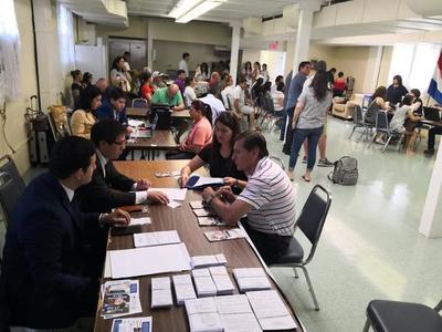 Consulado de Paraguay en Nueva York inició cedulación y asistencia al migrante