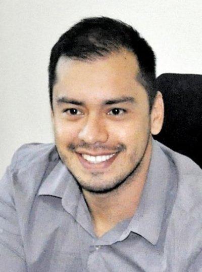 Prieto denuncia que piden plata en su nombre