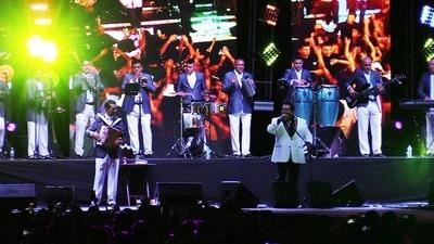 HOY / El amor en ritmo de cumbia:  Los Angeles de Charly aprestan  nuevo 'desembarco' en Paraguay