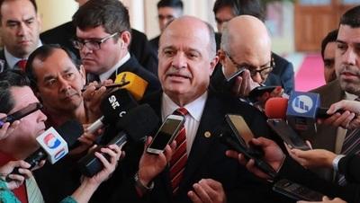 """Titular de la UIP minimiza impacto del """"impuestazo"""""""