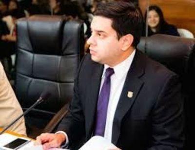 Solicitan intervención de la administración de Mario Ferreiro
