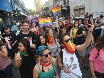Marcha del Orgullo LGBTI en Asunción defenderá la pluralidad de las familias