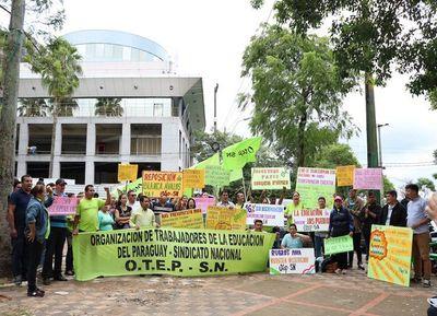 Ante inacción del MEC docentes alistan manifestación para el viernes