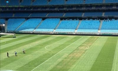 HOY / El césped del Arena do Gremio sigue en cuarentena antes del Brasil-Paraguay