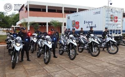 Gobierno entrega motocicletas y móviles de atención a la Policía Nacional