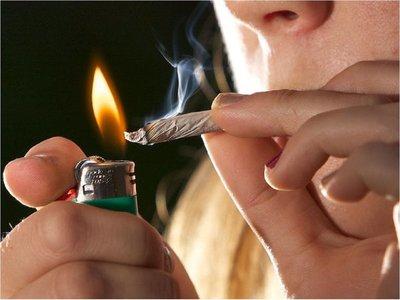 Jóvenes se inician en el mundo de las drogas con marihuana y a los 14 años