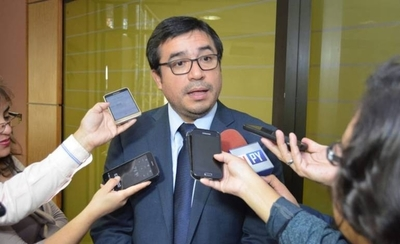HOY / Ministro Ríos recibió más de US$ 7 millones para las cárceles: ¿qué pasó con la plata?