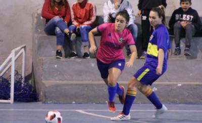 HOY / Dos punteros en el campeonato de futsal femenino