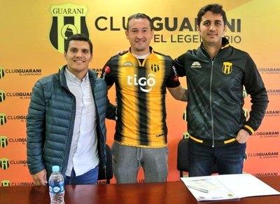 Guaraní oficializó a sus refuerzos
