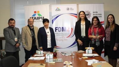 Estos son los 20 microempresarios premiados por su innovación en el concurso FDM 2