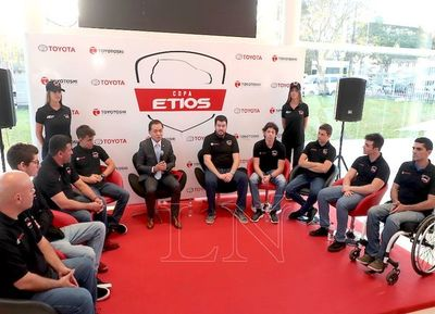 Presentaron la Copa Etios