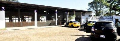 Taller Coarco para ITV en Asunción no abre en horario y solo tiene una línea
