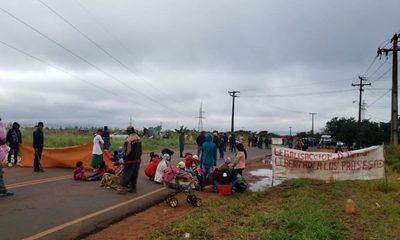 Nativos reclaman que se legalicen sus tierras