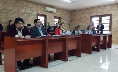 Kelembú pide intervenir administración de Prieto