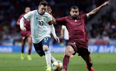 HOY / La semifinal; el reto de Venezuela, la obligación de Messi
