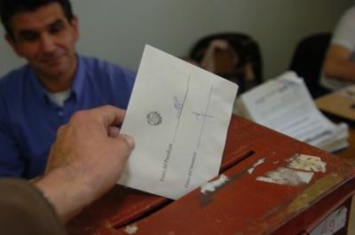 Uruguay elige candidatos presidenciales en internas partidarias el domingo