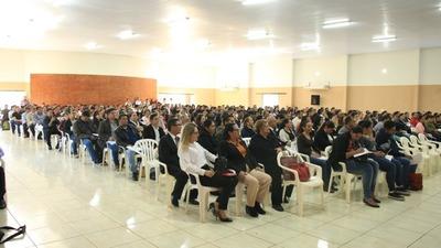 Docentes de Canindeyú se capacitan contra todo tipo de abuso y suicidio