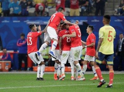 Chile derrotó a Colombia y es semifinalista
