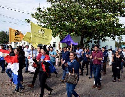 "Docentes dicen ""¡No!"" a uso de fondos del IPS para construir cárceles"