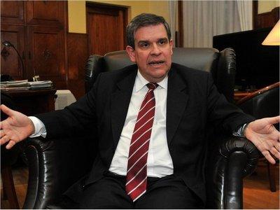 """Para ex ministro, Benigno López es un funcionario """"de lujo"""""""