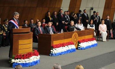 En su informe anual el Presidente destacó importantes obras y proyectos de gobierno
