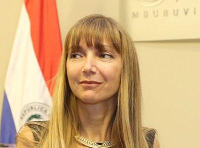 """Bomba del desempleo: 200.000 desocupados, economía """"enfriada"""" y el """"desvelo"""" de la ministra Carla"""