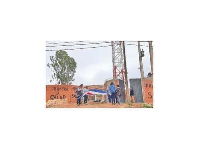 Vecinos de  Concepción se oponen a instalación de antena