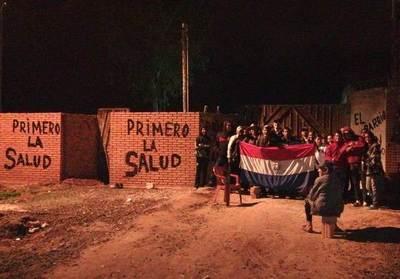 Junta recomienda suspender trabajos y vecinos siguen con movilizaciones