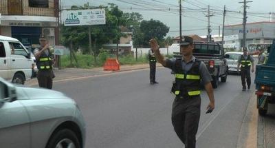 HOY / Caminera anuncia multas en caso de tener habilitación vencida o utilizar barras LED
