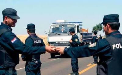 Fiscalía presentó acusación contra cuatro policías